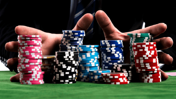 Poker Freeroll Strategy - Win And To Survive