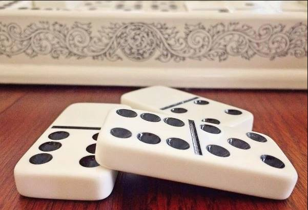 Guide To Poker Games Online - Betting